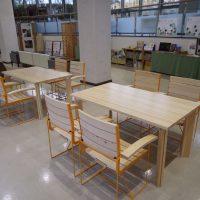 木製イスと机の導入について