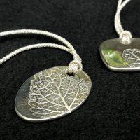 銀粘土で葉のペンダントを作ろう(予約制)